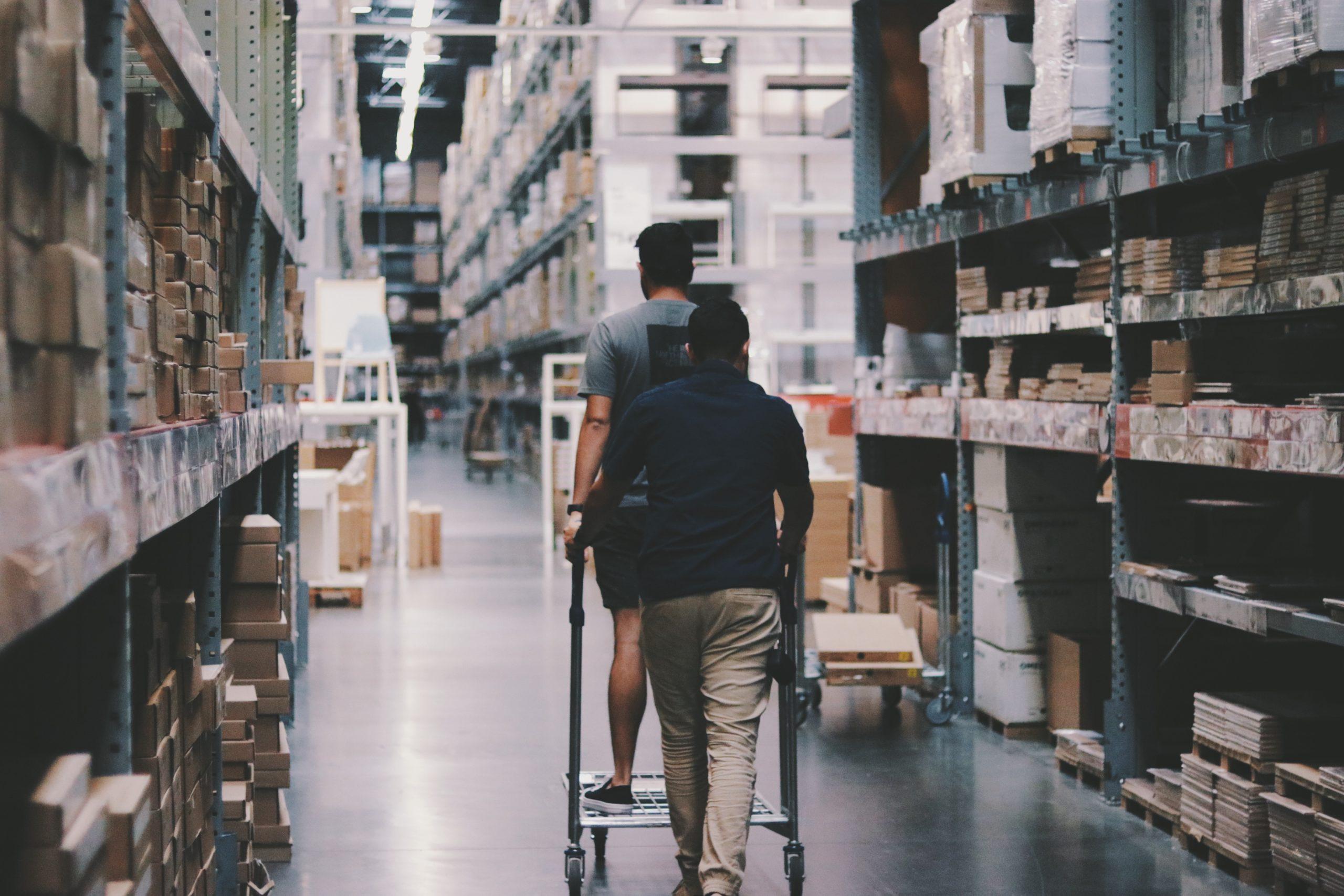 magazzino scaled Ingrosso Casalinghi da oltre 50 anni