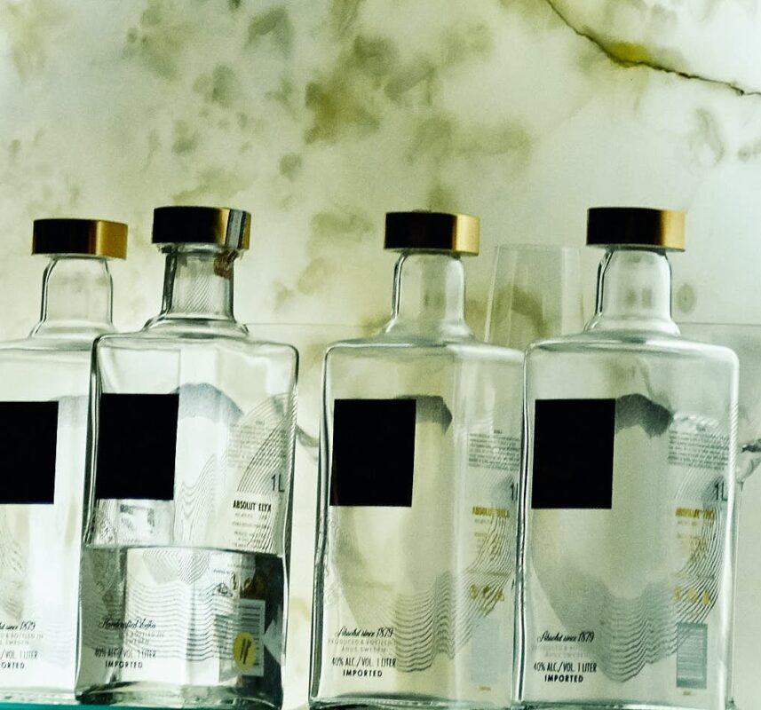 bottiglie gin ingrosso Ingrosso Casalinghi da oltre 50 anni