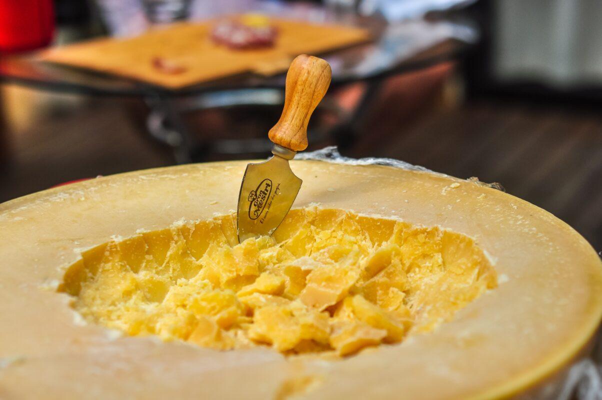 coltelli formaggi ingrosso casalinghi auriemma Ingrosso Casalinghi da oltre 50 anni